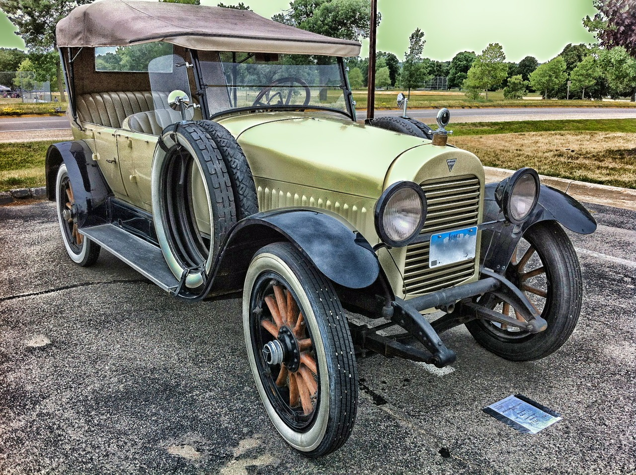 Classic Car Insurance: What to Know about Collector Auto Coverage